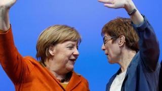 Merkel 2 sau Merkel bis, prezentată deja germanilor