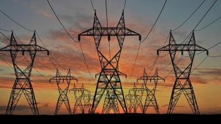ANRE, gata să reducă tarifele la electricitate