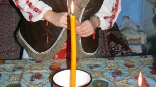 Tradiții și obiceiuri! Fetele își visează ursitul