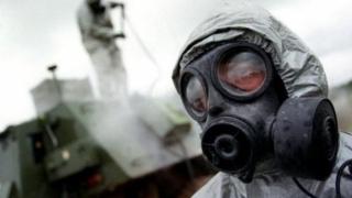 BBC: Guvernul sirian continuă producţia de arme chimice
