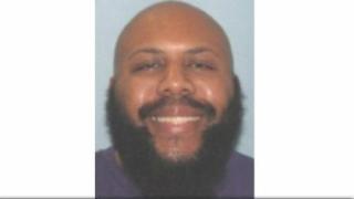 Asasinul din Cleveland, care a transmis în direct o crimă pe Facebook, s-a sinucis