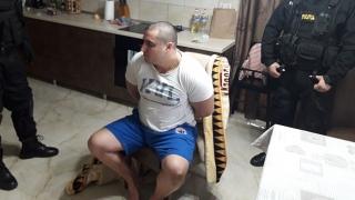Cine este Alexandru Huţuleac, interlopul care l-a lovit cu sabia în cap pe poliţistul de la trupele speciale