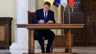 Iohannis trebuie să promulge Legea Referendumului, obligat-forțat