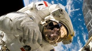 Trei noi astronauți au intrat în Stația Spațială Internațională