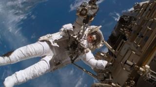 Trei astronauți de pe Stația Spațială Internațională au revenit cu bine pe Terra
