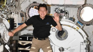 Doi astronauţi de pe ISS care au ieşit pe orbită şi-au încheiat misiunea cu succes