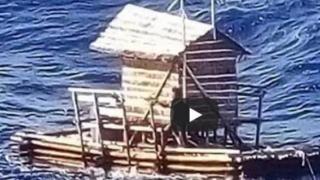 A supravieţuit 49 de zile pe mare! O poveste incredibilă