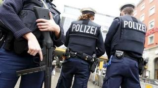 Atac armat! 14 oameni înjunghiaţi