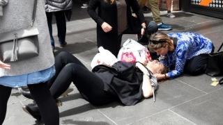 GROAZĂ la Melbourne: Un șofer a intrat cu mașina în mulțime!