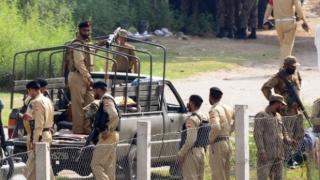 Cartier creştin din Pakistan, atacat. Cel puţin un agent de pază a fost ucis