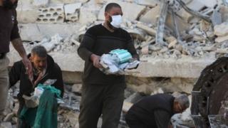 Forțele aeriene siriene ar fi efectuat un nou atac cu arme chimice împotriva rebelilor