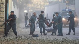 19 poliţişti şi 17 militari afgani ucişi în atacuri ale talibanilor