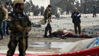 Două atentate sinucigaşe! Zeci de morţi şi răniţi