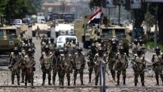 """13 """"elemente teroriste"""" ce plănuiau atentate, reținute în Egipt"""
