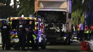 Victimele atentatului de la Nisa sau rudele lor vor depune plângere împotriva statului