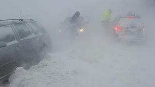 Atenţionare de călătorie în Ucraina: cod galben de ninsori, vânt şi polei