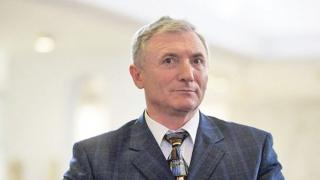 Dosarul prin care Lazăr cere suspendarea revocării se judecă azi la Alba Iulia