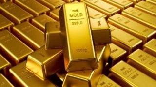 Preţul aurului a atins al şaselea maxim istoric din august