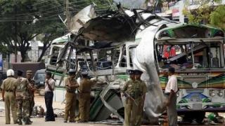 Incendiu și zeci de persoane rănite, după explozia unui autobuz