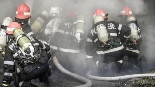 CUTREMURĂTOR! Un autocar plin cu 50 de pelerini a luat foc în mers!