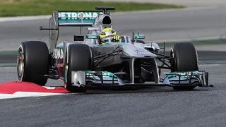 Auto - F1: Rosberg va pleca în pole position în MP al Chinei