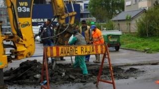 Trafic blocat pe strada Ștefan cel Mare, din cauza unei avarii RAJA