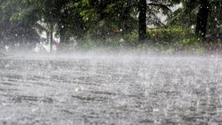 Avertizare de ploi pentru toată țara, până pe 15 aprilie
