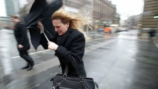 Vreme rece în toată ţara și avertizare COD GALBEN de vânt puternic