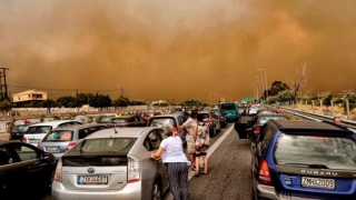 MAE: Alertă de călătorie în Grecia din cauza incendiilor