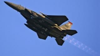 Ca răspuns la un atac cu rachetă, avioane israeliene au lovit Gaza