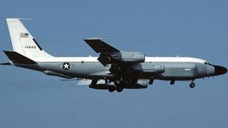 Avion american de recunoaștere, în zbor deasupra Mării Negre și Ucrainei