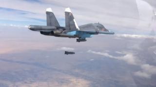 Avion de vânătoare rusesc, doborât în Siria. Pilotul capturat, ucis de o grupare