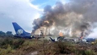 Avion de pasageri prăbuşit la scurt timp după decolarea de pe aeroport