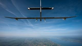 A fost amânată plecarea avionului Solar Impulse 2 în ultima etapă a turneului mondial