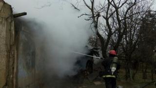 Incendiu puternic în localitatea Nicolae Bălcescu