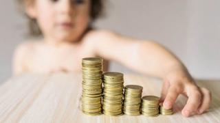 Aveţi venit minim sau creşteţi un copil? Nu mai plătiţi contribuţia la sănătate