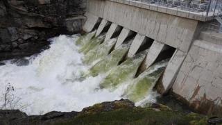 Baraje din România, aproape de catastrofă