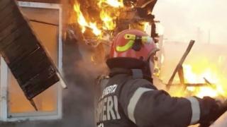 Bărbat găsit carbonizat în urma unui incendiu în Constanța