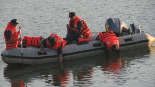 Bărbat găsit mort în Lacul Morii
