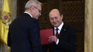 Băsescu îi face praf pe puciștii din PSD: proști, ipocriți, lichele