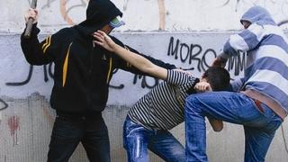 Patru minori de 12 - 17 ani, la un pas de arestare pentru tâlhărie
