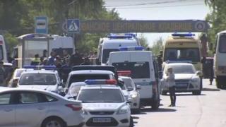 Peste o sută de persoane s-au luat la bătaie într-un cimitir din Moscova