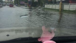 Zona CET din Constanța, inundată din cauza ploii torențiale