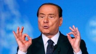 Berlusconi face legea... politică în Italia