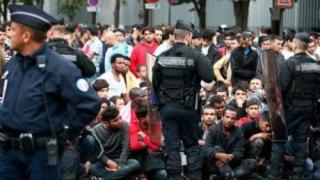 Numărul migranților care dorm pe străzile Parisului a crescut