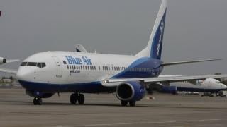 Avionul Blue Air pentru care piloţii au cerut prioritate la aterizare, autorizat să reia zborurile