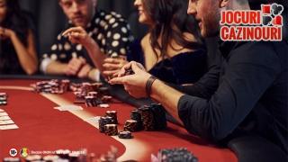 Cum să devii un Bluffer profesionist la Poker