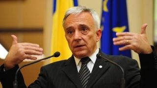 """Mugur Isărescu: """"Nu jucăm la păcănele cu aurul României!"""""""