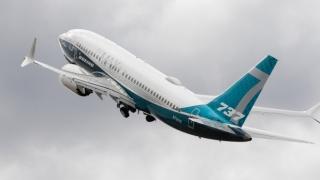 Ryanair reţine la sol trei avioane Boeing 737 din cauza unor fisuri