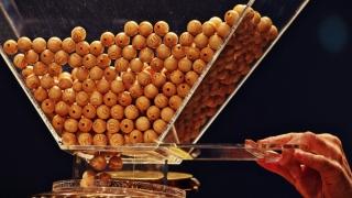 Bonurile de 706 lei, din 7 decembrie, câștigătoare la loteria fiscală